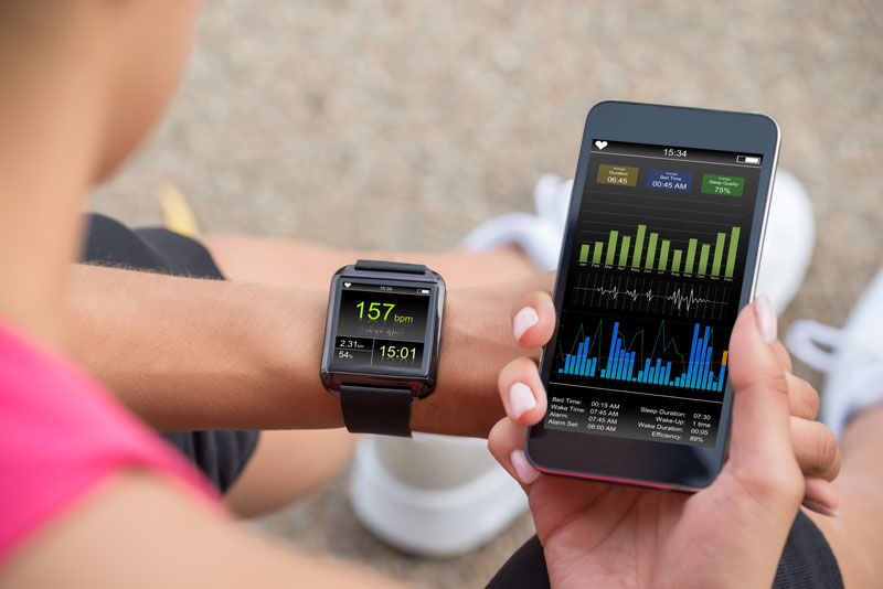 Definition and development of an app, supporting 'digital' athletes and runners and their trainers/coaches (digital or otherwise), using heart rate data (HR, HRV) for personal (SMART) feedback and interaction, about fitness, performance and exertion. This app is meant to off-load trainers and coaches, when conducting tests (e.g. like Zoladz, Max HF) or when monitoring (remotely or otherwise) athletes and runners, e.g. regarding the level of exertion, stress, fitness and the level of performance and energy consumption.